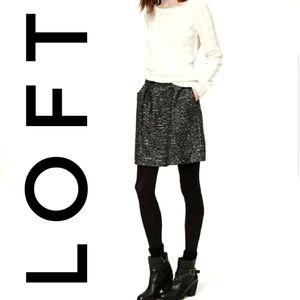 LOFT Shimmer Tweed Skirt Black And Silver Size 4